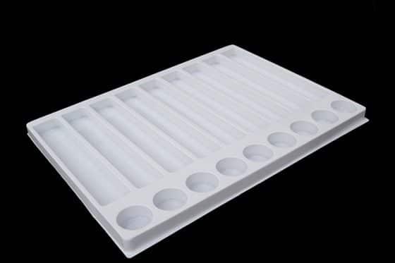 présentoir à bouteilles d'eau de cologne