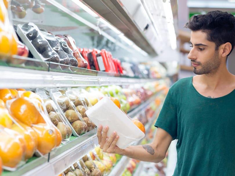 Les emballages en plastique dans la sécurité alimentaire